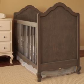 Hilary Crib with Smooth Panel