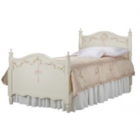 Kate Bed in Linen with Ribbons and Roses