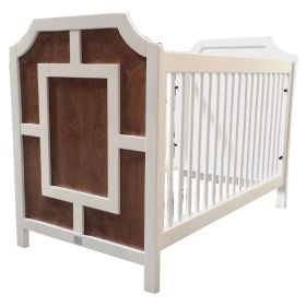 Max Crib with Molding